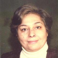 وفاة الروائية رضوى عاشور زوجة الشاعر الفلسطيني مريد البرغوثي وأم الشاعر تميم البرغوثي