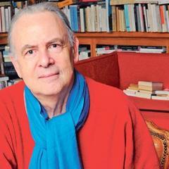 الفائز بجائزة نوبل للآداب لعام 2014 الروائي الفرنسي باتريك موديانو